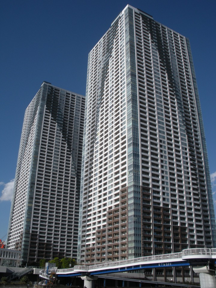 ザ・東京タワーズの外観